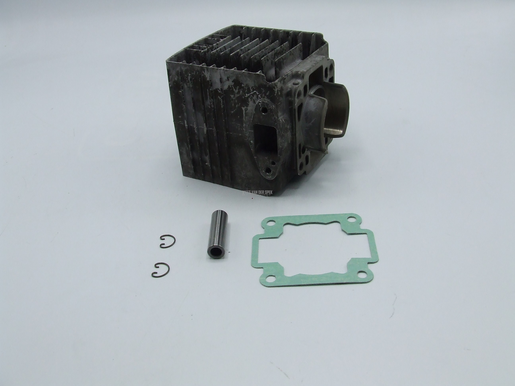Cylinder cpl TR1551 (=a)